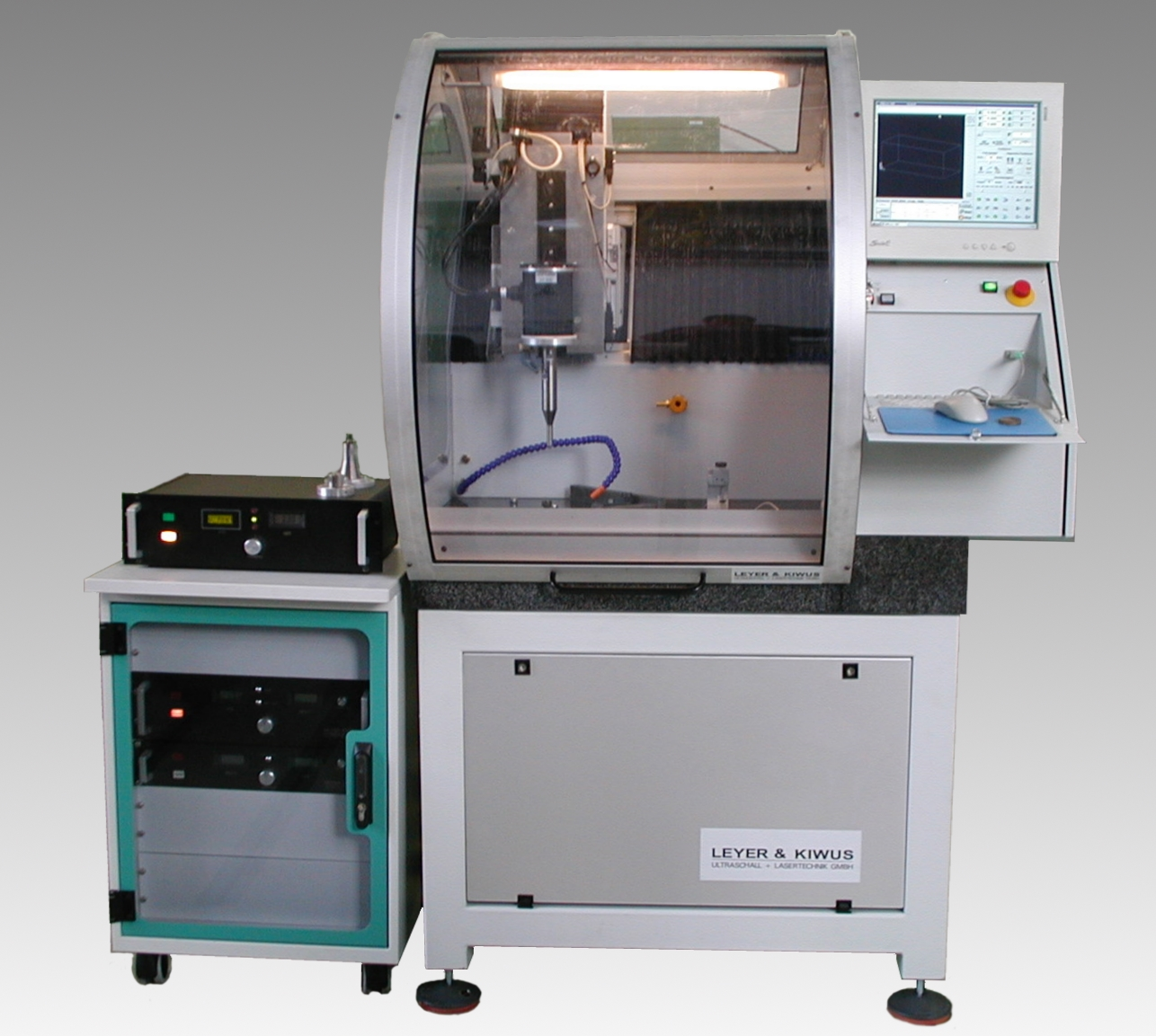 Ultra 2000 ultrasonic machining system with sonotrode measuring station